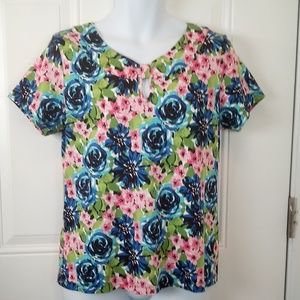 Kim Rogers petite short sleeve floral top